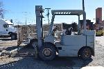 Lot: V-06 - Forklift