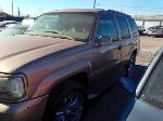 Lot: 126 - 1999 GMC Denali SUV