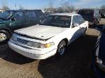 Lot: 7-118529 - 1997 Ford Crown Victoria