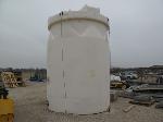 Lot: 105-Equip#404583 - 5500 Gallon Poly Tank