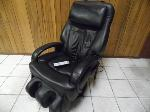 Lot: A6708 - Sharper Image Whole Body Massage Sofa Chair