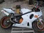 Lot: 205 - 2001 SUZUKI GSX MOTORCYCLE