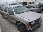 Lot: 258 - 1999 CHEVROLET SUBURBAN SUV