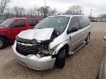 Lot: 23-115682 - 2005 Chrysler Town and Country Van
