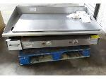 Lot: 02-20103 - Keating Miraclean Gas Grill