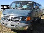 Lot: 152117 - 2001 DODGE PASSENGER VAN  E-350