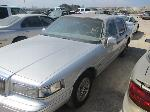 Lot: 23-686521 - 1996 LINCOLN TOWN CAR