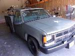 Lot: 313 - 1994 CHEVROLET C2500 TRUCK