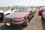Lot: 49526.MNPD - 1997 LINCOLN TOWN CAR