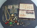 Lot: 5199 - NECKLACES, EARRINGS, PINS/BROOCHES & 10K BRACELET