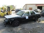 Lot: 10 - 2010 Ford Crown Victoria