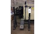 Lot: 5757 - Weight Lifting Equipment