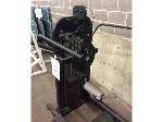 Lot: 5765 - Weight Lifting Equipment