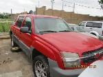 Lot: 06 - 2002 CHEVY AVALANCHE PICKUP