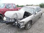 Lot: 1228 - 2001 LINCOLN TOWN CAR