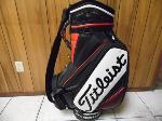 Lot: A7018 - Like New Titleist Golf Bag