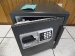 Lot: A7025 - Sentry Safe Electronic Fire Safe