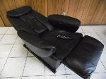 Lot: A7027 - Working Panasonic Leather Massage Chair