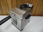 Lot: A7044 - Working Warring Pro Deep Fryer