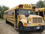 Lot: 04.FM311 - 1990 International School Bus - Unit 225