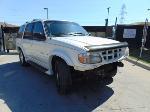 Lot: B8020339 - 1999 FORD EXPLORER SUV *KEY-STARTED