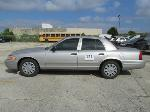 Lot: 121 - 2010 Ford Crown Victoria