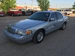 Lot: 28 - 2001 Ford Crown Victoria