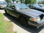 Lot: 23 - 2005 FORD CROWN VICTORIA