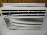 Lot: A7121 - Working Zenith Window Unit Air Conditioner