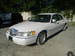 Lot: 6 - 1998 Lincoln Town Car