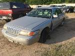 Lot: 16 - 1998 Ford Crown Victoria