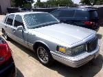 Lot: P602 - 1997 LINCOLN TOWN CAR