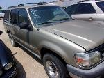 Lot: P609 - 1999 FORD EXPLORER SUV