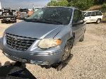 Lot: 48320 - 2005 CHRYSLER TOWN & COUNTRY VAN