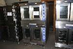 Lot: 36 - Bakers Pride Convection Oven