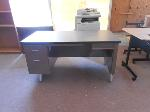 Lot: 11.HC - (6) DESKS