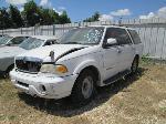 Lot: 0625-50 - 2001 LINCOLN NAVIGATOR SUV