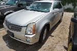 Lot: 18-151187 - 2004 Cadillac SRX SUV