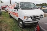 Lot: 9 - 1995 DODGE 2500 VAN