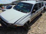 Lot: B8040305 - 2004 CHEVROLET TRAILBLAZER LS SUV - *KEY
