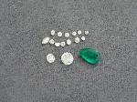 Lot: 5628 - (13) LOOSE DIAMONDS, (2) CLEAR & (1) GREEN STONES