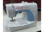 Lot: 02-20702 - Sewing Machine