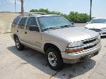 Lot: B711198 - 2002 Chevrolet Blazer SUV - KEY / STARTED