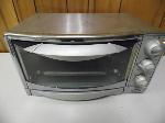Lot: A7233 - Working Oster Table Top Oven
