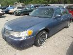 Lot: 613 - 2000 LINCOLN TOWN CAR