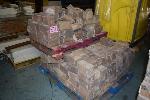 Lot: 571 - (300) Landscaping Brick