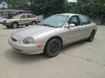 Lot: 02 - 1999 Ford Taurus