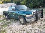 Lot: 206 - 1998 Dodge 1500 Pickup - Runs & Drives