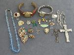 Lot: 1 - NECKLACE, PINS, WATCHES, 10K RING & 14K EARRINGS