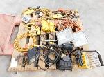 Lot: 11 - Work Lights, Extension Cords